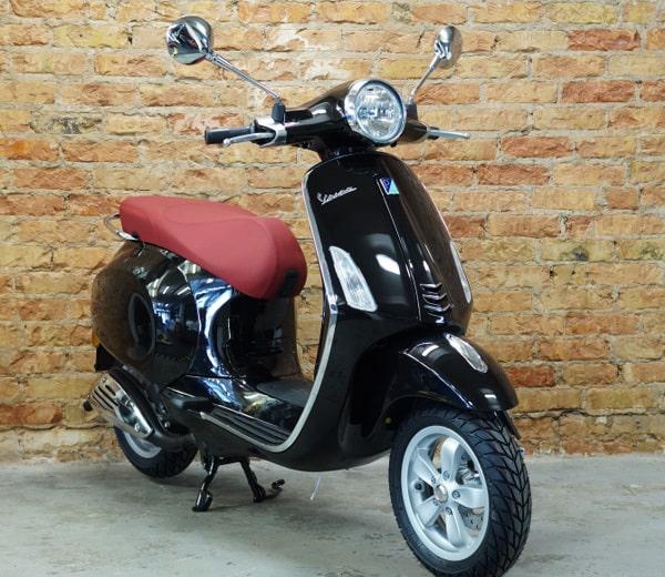 Vespa Primavera 50 2T – schwarz | UVP EUR 3390