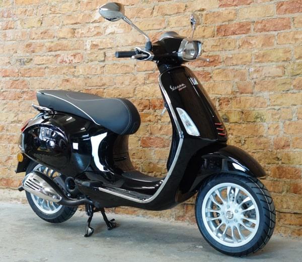 Vespa Sprint 50 2T – schwarz | EUR 2999