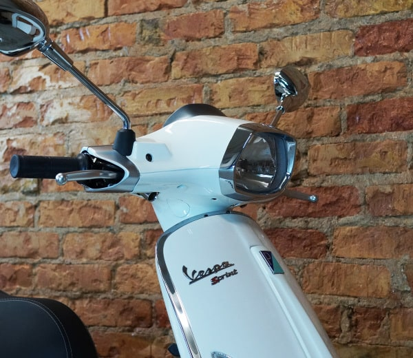 Vespa Sprint 50 2T – weiss | EUR 2999